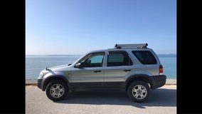 2006 Ford Escape (same Mazda Tribute) with roof career in Okinawa, Japan