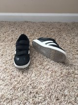 Kids size 13 shoes in Lockport, Illinois