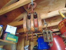 WOODEN PULLEYS in Bolingbrook, Illinois