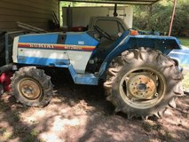 TRACTOR in Cleveland, Texas