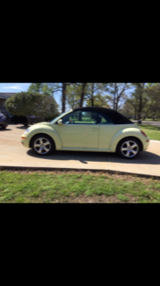 Convertible VW Beetle 2006 only 70K miles super clean - garage kept in Kingwood, Texas