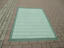 pretty area rug, green in Ramstein, Germany