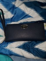 Authentic Michael Kors wallet in Fort Campbell, Kentucky