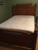 Solid Wood Queen bed in Fort Campbell, Kentucky