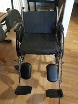 Tracer wheelchair 300lb weight limit in Joliet, Illinois