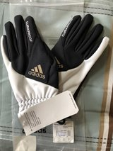 Soccer Fieldplayer Gloves in Chicago, Illinois