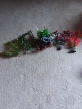 5 piece artificial aquarium plant decor in Oswego, Illinois