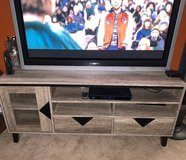 Tv stand in Beaufort, South Carolina
