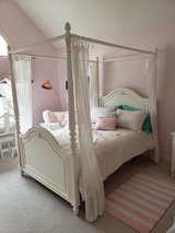 Canopy Bed in Lockport, Illinois