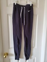 Juniors Size XS Joggers in Naperville, Illinois