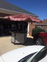 patio bar or Caterers bar excellent condition in Byron, Georgia