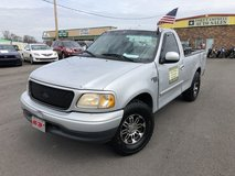 2001 FORD F150 REGULAR CAB SHORT BED V8 4.6 LITER in Fort Campbell, Kentucky