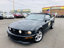 2008 FORD MUSTANG CONVERTIBLE DELUXE COUPE 2D V8 4.6 Liter in Fort Campbell, Kentucky