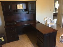 Gorgeous hardwood executive desk--Price reduced again in Alamogordo, New Mexico