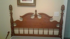 Full size antique bed frame in Fort Campbell, Kentucky