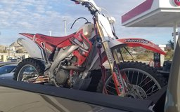 04 Honda CRF450R in Yucca Valley, California