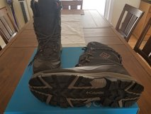 Never worn Columbia Omni grip 200 men boots Size 14 w in Fort Leonard Wood, Missouri