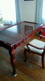 Haverty's Writing Table/Desk w/glass top and chair in Quantico, Virginia