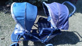 Graco dual glider stroller in Chicago, Illinois