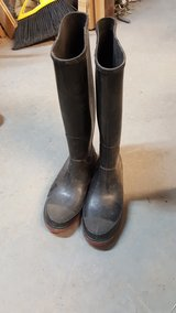 WOMENS TALL RUBBER BOOTS in Alamogordo, New Mexico
