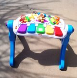 10.Leap Frog Stand up Baby Educational Table. in Alamogordo, New Mexico