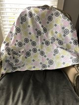 Hooter Hiders Nursing Cover in Naperville, Illinois