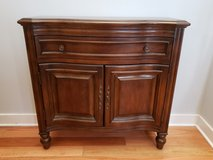 Hooker Furniture Wood Hall Chest in Bolingbrook, Illinois