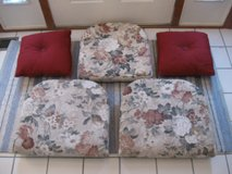 Lloyd Flanders Seat Cushions and Throw Pillows- 5 total in Joliet, Illinois