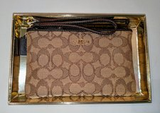 Boxed Coach Wristlet Jacquard in Pearland, Texas