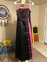 Size 3/4 Doesn't fit my daughter need to sell  Beautiful dress Morgan and Co. dress in Lawton, Oklahoma
