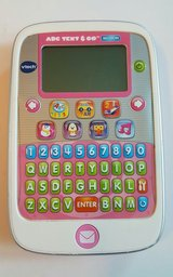 V Tech ABC Text & Go Motion Learning Game * Cleaning out sale. Lot... in Wiesbaden, GE