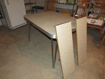 Vintage Table~Formica Top in Chicago, Illinois