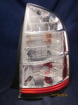 TOYOTA PRIUS 2008 Tail Light Lens Right 47-15R Bulbs OEM in Chicago, Illinois