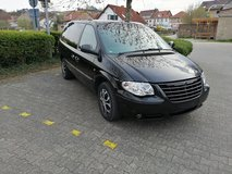 Chrysler Grand Voyager 2.8 CRD Limited  Stow-N-GoGrand Voyager 2.8 Limited 7 seater retractable ... in Wiesbaden, GE