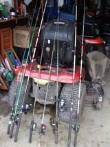 8 fishing poles and reels in Fort Knox, Kentucky