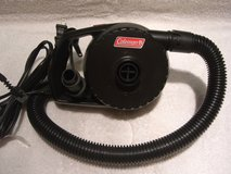 Electric Air Inflate Deflate Pump. Like new in Glendale Heights, Illinois