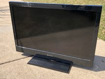 32 inch Flat Screen TV in Yorkville, Illinois