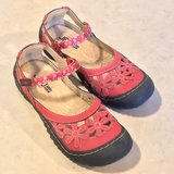 Women's JBU Mary Jane Sandals Wildflower Adjustable Strap Sz 6 EUC in Travis AFB, California
