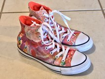 Converse All Star CHUCK TAYLOR Floral Print HIGH-TOPS Women Sz 6 EUC in Travis AFB, California