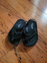 Boys Black Flip-Flops, Toddler Size 5 in Fort Campbell, Kentucky