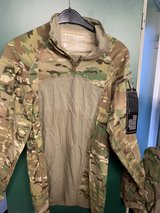 Combat shirt ocp, new, S, M, L in Grafenwoehr, GE
