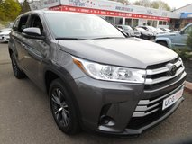 2018 Toyota Highlander LE 7 Seat in Ramstein, Germany