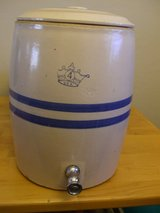Ransbottom Brothers Pottery Blue Crown 4-gallon Water Dispenser with Lid in Alamogordo, New Mexico