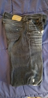 Hollister 29x30 Ripped jeans in Kingwood, Texas