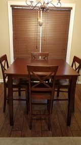 Contemporary Dinning room table in Fort Campbell, Kentucky