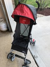 Kolcraft umbrella stroller-like new!! in Bolingbrook, Illinois