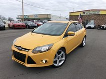 2012 FORD FOCUS TITANIUM HATCHBACK 4-Cyl 2.0 Liter in Fort Campbell, Kentucky