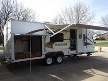 Travel trailer in Oswego, Illinois