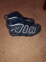 Air uptempo size 8 in Fort Belvoir, Virginia