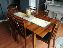 Kitchen Dining Set with 6 Chairs in Oswego, Illinois